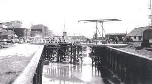 False Bridge over The Strand