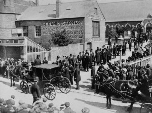 The sad scene at the funeral of the Mayor of Rye Isaac Longley as