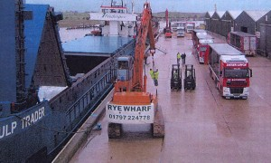A busy Wharf - Rod Chapman and Rastrum have livened up the cargo area.