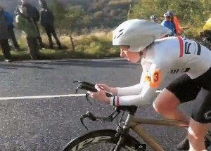 Bronwen Ewing riding to 5th. place in the 2011 Hill Climb Championship