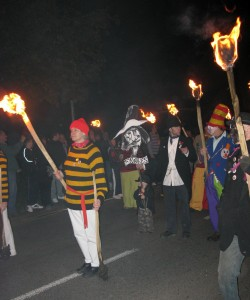 Bonfire Societies from Far & Wide Desend on Rye