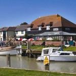 Riverhaven Hotel & Restaurant