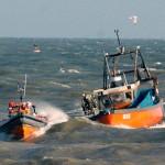lifeboat-towing-trawler